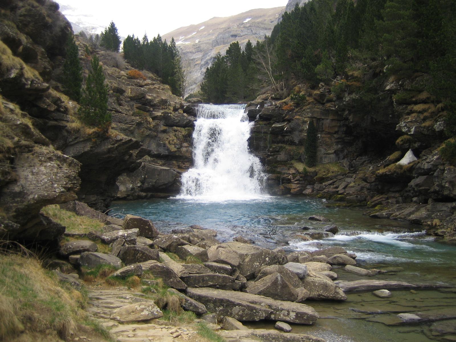 Resultado de imagen de Gradas de Soaso. Parque Nacional de Ordesa y Monte Perdido, España.