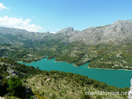 Embalse de Guadalest (Alicante)