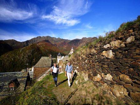 Ruta rutas por el valle de ar n lleida opiniones y - Inmobiliarias valle de aran ...